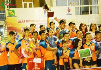 THẠCH HÀ – TPHÀ TĨNH bảo vệ thành công chức vô địch Giải bóng đá truyền thống Đồng hương Hà Tĩnh - tranh cúp Xô viết Nghệ Tĩnh lần 4 năm 2018