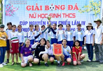 Trường THCS Trần Phú vô địch giải bóng đá HTPĐ khối THCS Tp Vĩnh Long - Cúp Nguyễn Đình Chiểu lần thứ 4-2020