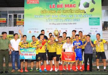 Taxi Tiên Sa lên ngôi Vô địch lần thứ 3   Giải bóng đá Truyền thống tranh Cúp Báo Công an thành phố Đà Nẵng lần 9 năm 2018