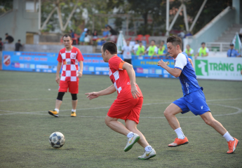 Cúp Hà Nội 94-97 lần 2: Khốc liệt trước phân hạng