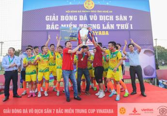 Hiếu Hoa Aquahaco Vô địch giải bóng đá vô địch sân 7 Bắc Miền Trung - Tranh Cup Vinataba 2021.